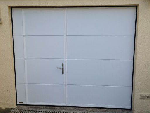 Porte de garage douarnenez finist re pell stores for Gypass porte de garage